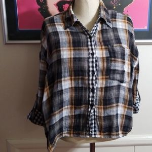 MIMI CHICA PLAID SHIRT size Medium